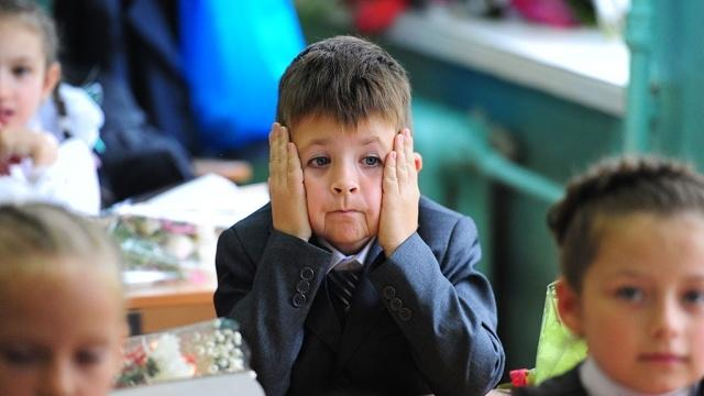 В школах «валят» будущих первоклассников: что делать родителям