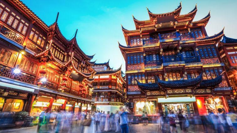 Китайцев заставят установить приложение, которое будет за ними следить