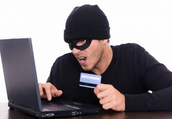 Если с вашей карточки украли деньги, то в этом виноваты вы сами