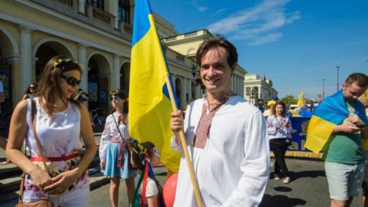 Сколько украинцев изъявили желание жить в Польше: масштабы впечатляют