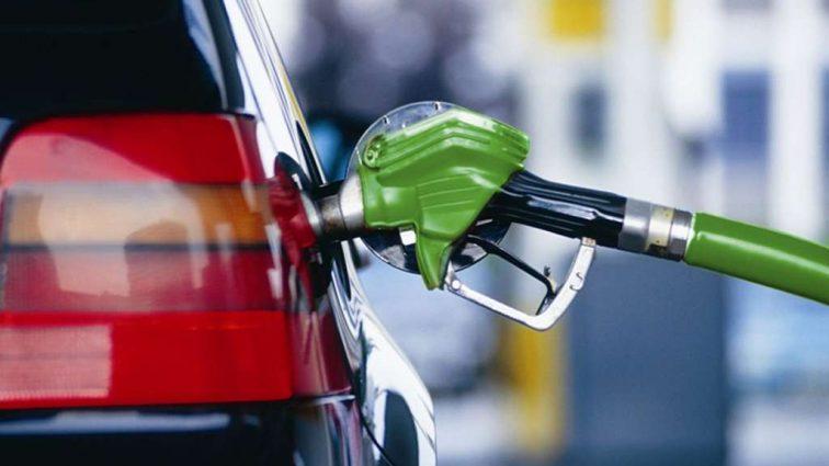 Каких цен на топливо ждать автомобилистам осенью — эксперты