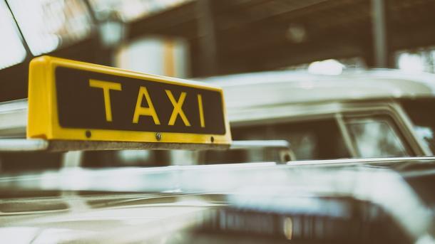 Такси в Украине: плохой сервис, безответственность водителей и нелегалы на дорогах