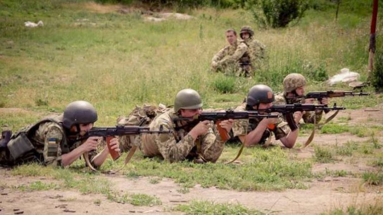 Чем Укроборонпром отказывается помогать армии