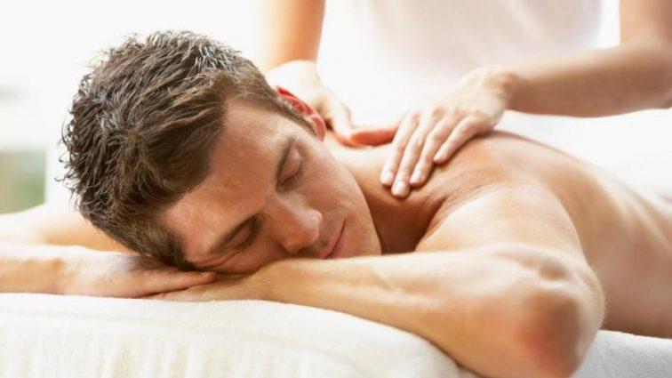 Болит спина: медики назвали 10 основных причин