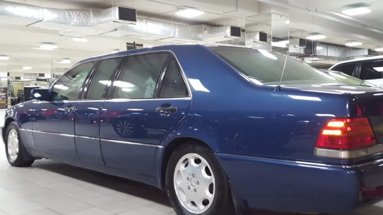 Бронированный лимузин Ельцина выставили на продажу. Цена шокирует