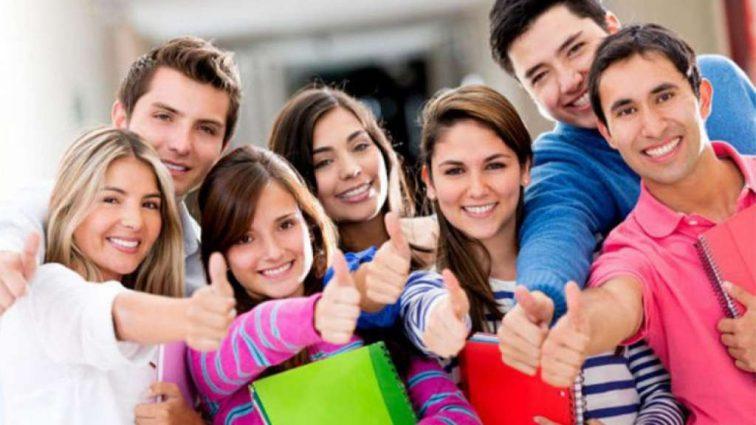 Студентам могут вернуть деньги за обучение на контракте