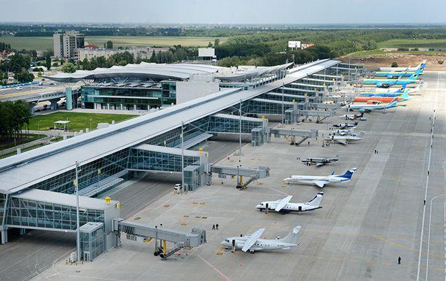 Украинские аэропорты обслужили почти 9 млн пассажиров за семь месяцев