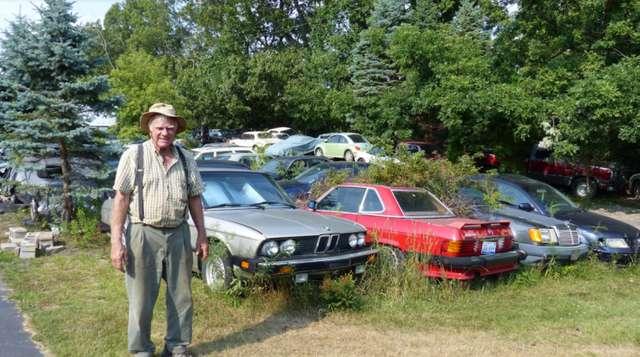 Власти города в США заставили коллекционера продать 200 машин