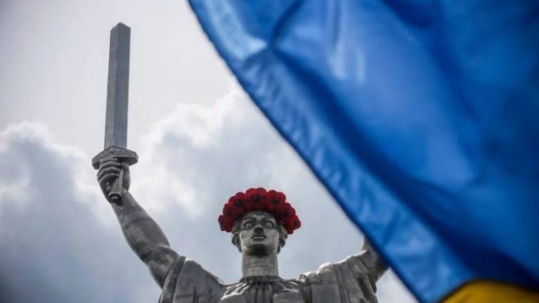 Нардеп рассказал, на чем «держится» Украина