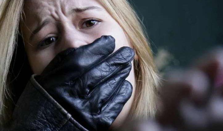 Торговцы людьми в Украине носят часы стоимостью квартир