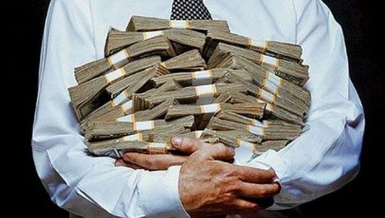 Иностранцы будут получать в 10 раз больше денег, чем украинцы: вопиющий закон