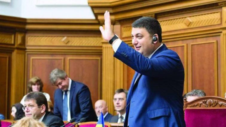 Сколько каждому украинцу придется отдать по долгам власти