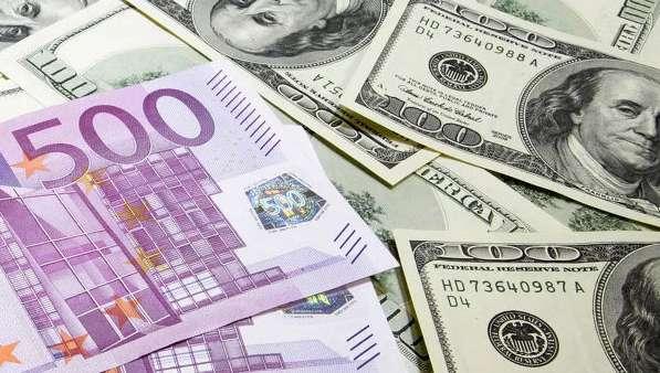 Курс доллара приблизился к опасной отметке
