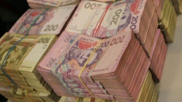 Шантаж от Гройсмана: сколько тысяч каждый заплатит за выход на пенсию