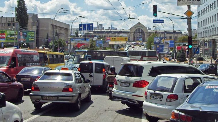 Кличко ждет от Рады закон, который должен уменьшить пробки в Киеве