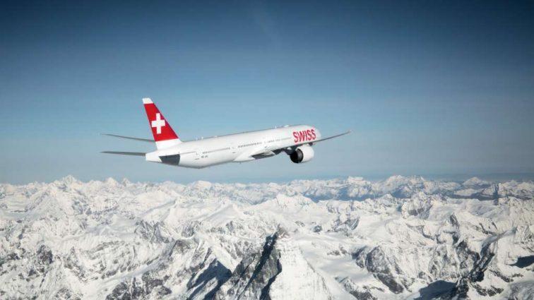 Швейцарская авиакомпания возвращается в Украину