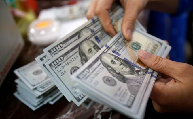 Курс валют на 23 октября: доллар дорожает