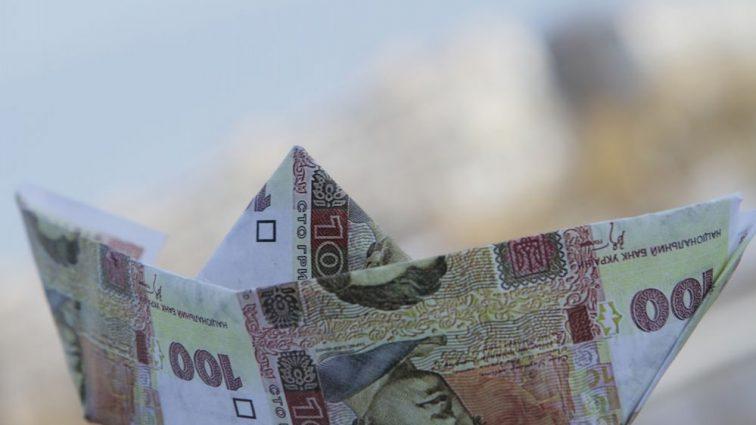 Курс валюты на 27 октября: гривня идет на спад