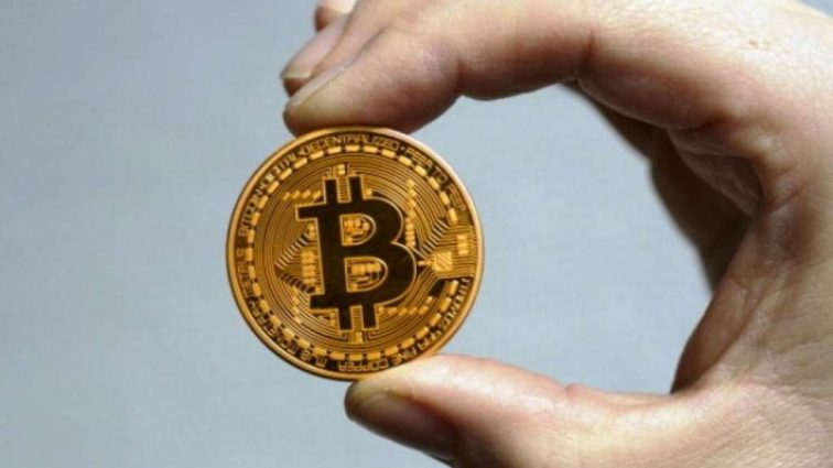 Курс криптовалюти Bitcoin достиг исторического максимума