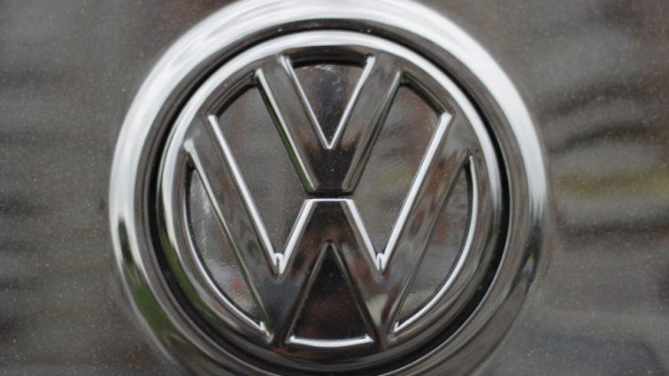 Volkswagen запретил продавать свои грузовики в Крыму – СМИ