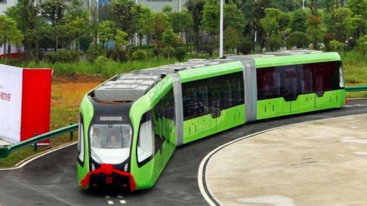 Новейшим электричкам не надо рейсов