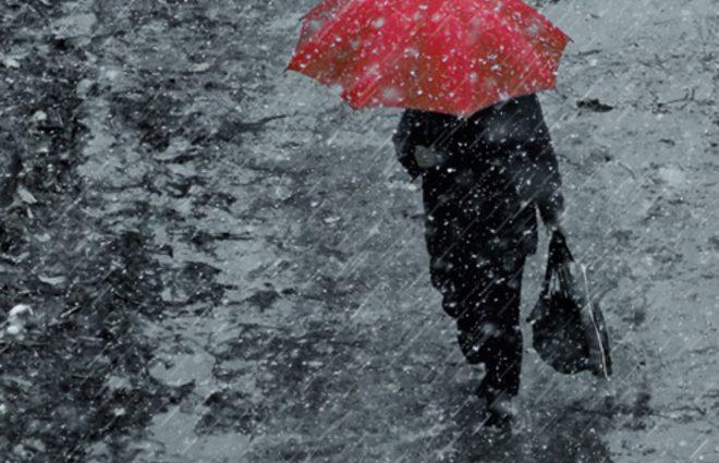 Прогноз погоды: атмосферный фронт несет дожди и штормовой ветер