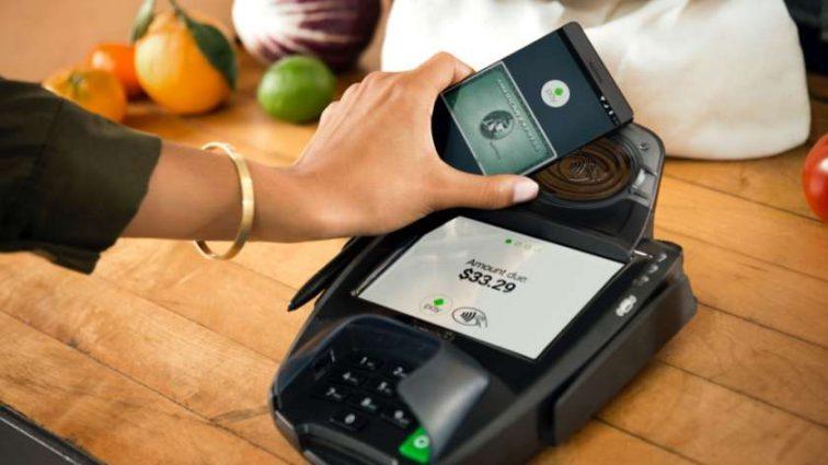 Со следующего месяца в Украине заработает сервис бесконтактной оплаты Android Pay