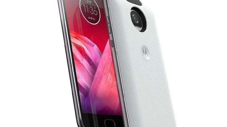 Motorola представила в Киеве Moto X4 и 360 camera mod