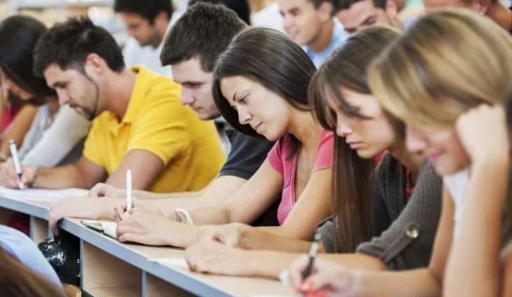 Эти цифры шокируют: нардеп пояснил студентам, как изменить будущее