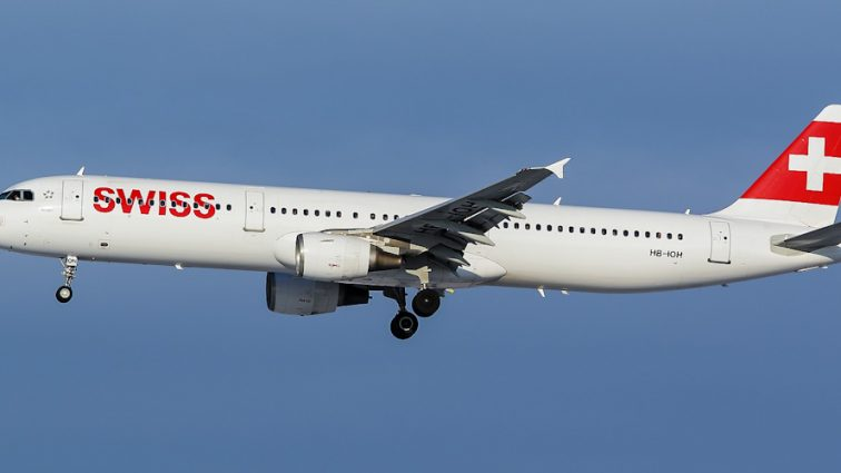 Швейцарская авиакомпания возобновит полеты в Украину