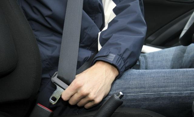 Инструкция для водителей: правда и мифы о ремнях безопасности