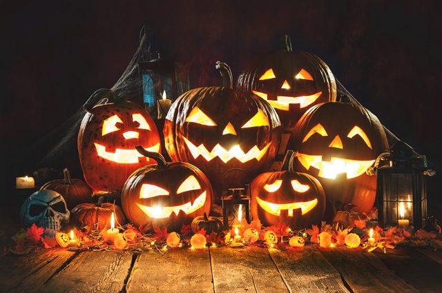 Как отметить Хэллоуин: мистика и веселье за небольшие деньги