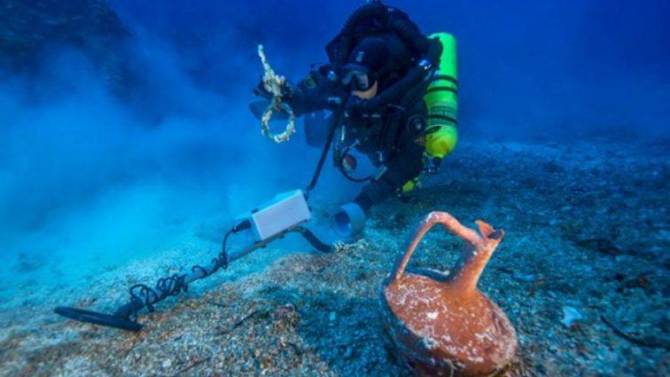 На дне океана нашли древнейшее средство навигации — астролябию