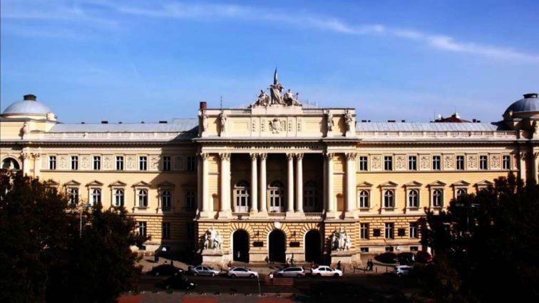 В Украине хотят обнулить дипломы: кого и как часто будут отправлять на экзамены