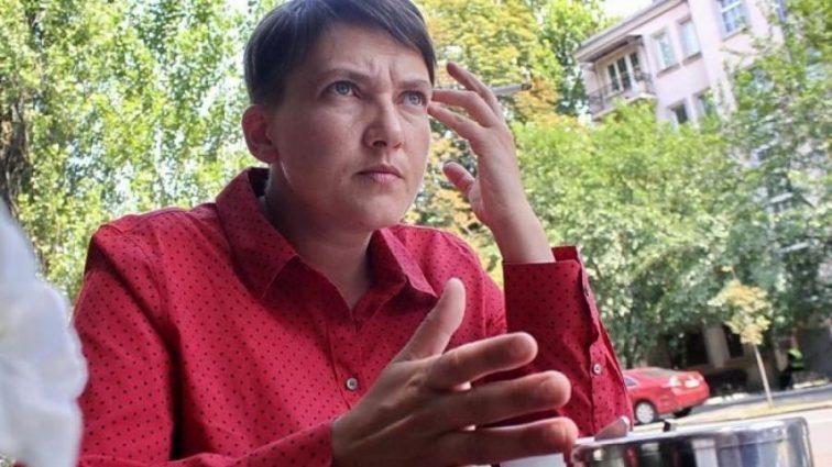 Савченко призвала сносить магазины Roshen