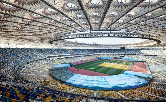 Экс-директора НСК «Олимпийский» подозревают в коррупции во время Евро-2012