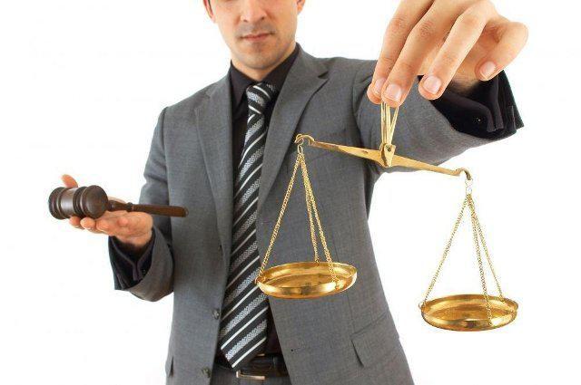 Миллионы украинцев получили право на бесплатного адвоката
