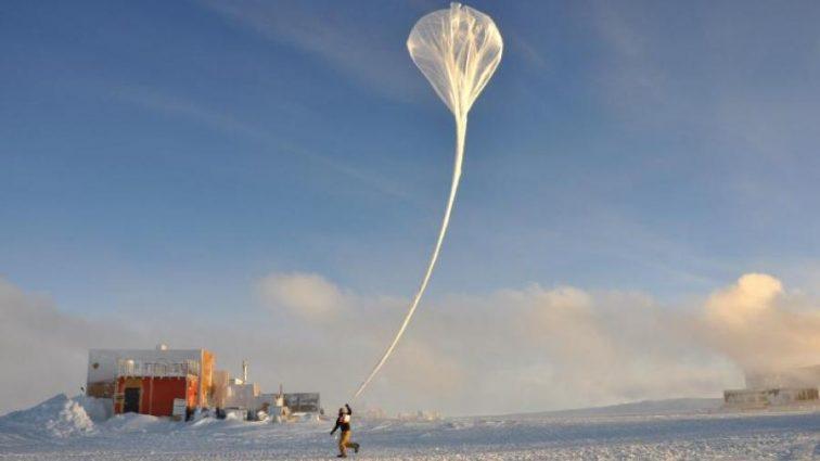 Планета выздоравливает? Над Антарктикой заметили невероятное явление