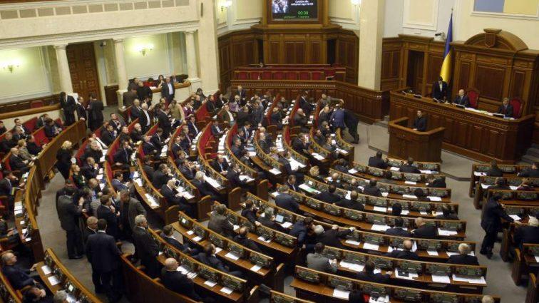 «Аж на тысячу гривен больше»: украинцам повысят пенсию