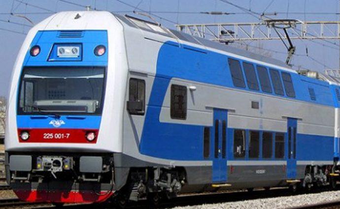 Из Тернополя в столицу теперь можно доехать двухэтажным поездом