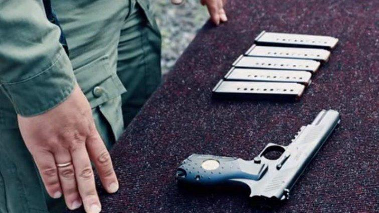 Сколько заплатили за 25 пистолетов? Узнайте подробности тендера НАБУ