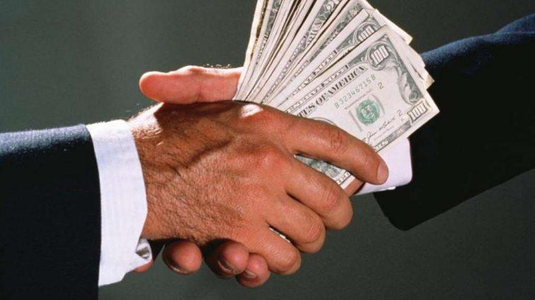 Сколько стоит Украине коррупция
