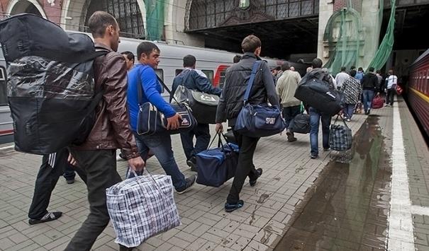 Как гастарбайтеры влияют на экономику Украины
