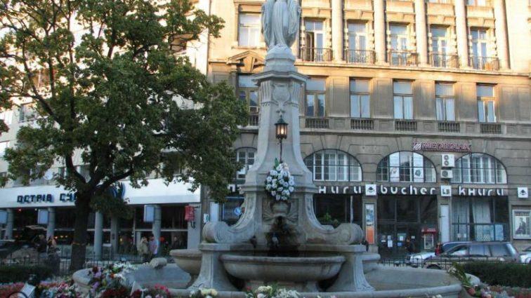 Три кг тротила: в центре Львова пытались подорвать Божью Матерь