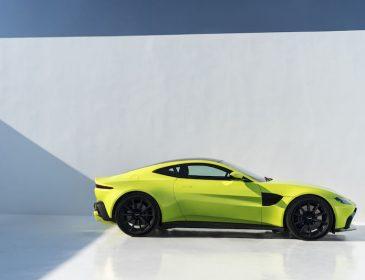 Новый Aston Martin Vantage поражает своим дизайном