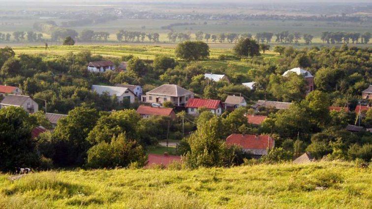 В Украине есть село, жителям которого не нужно ехать на заработки
