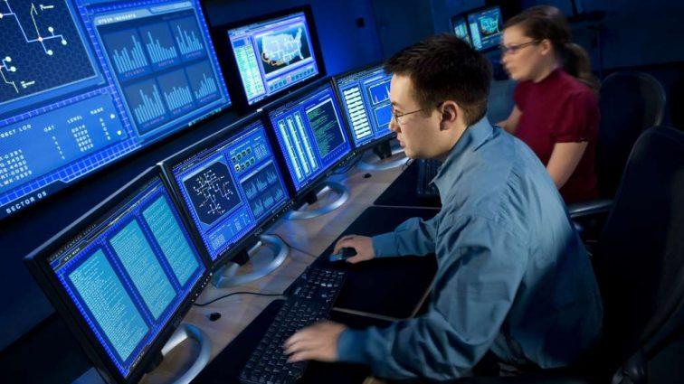 Программисты превратятся в механиков