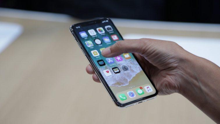 У iPhone X нашли новый брак