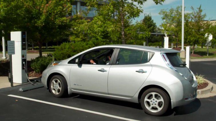 Украинцы все активнее пересаживаются в электрокары: сколько таких авто уже зарегистрировано в стране?