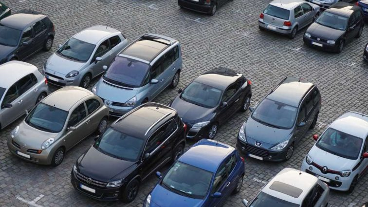 Парковки в Киеве под запретом: что известно о новшестве властей